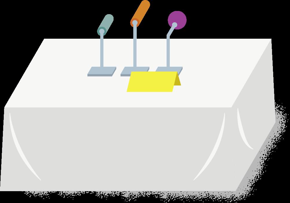 tisch-mit-mikrofon